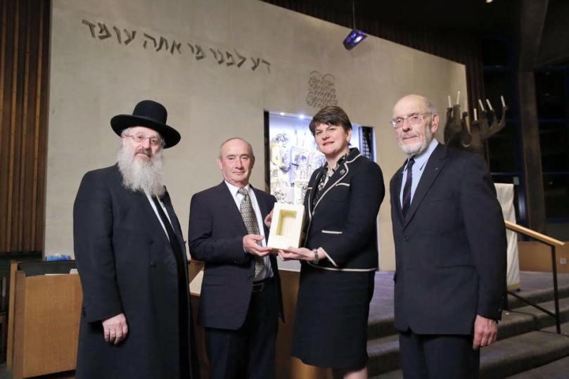 arlene-foster-synagogue-nov-16-presentation