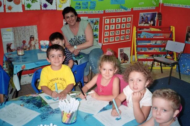 Colin visits Arab school