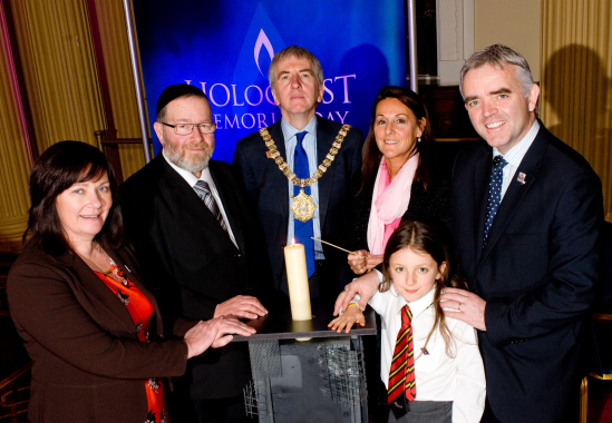 Main_LordMayor-HolocaustMemorialDay32926_2579