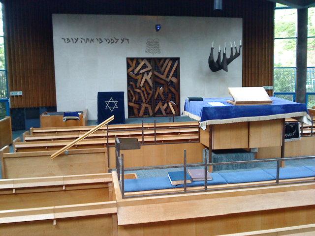 belfast-synagogue-interior 1