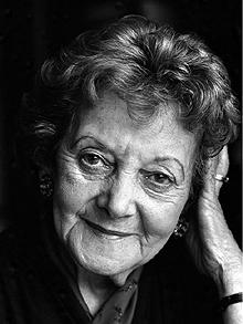 Helen Lewis Auschwitz survivor dies04.jpg